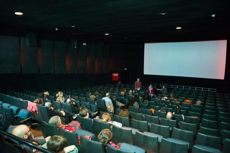 """Projecció i cinefòrum de """"Tchindas"""" als Cinemes Girona (Barcelona)"""
